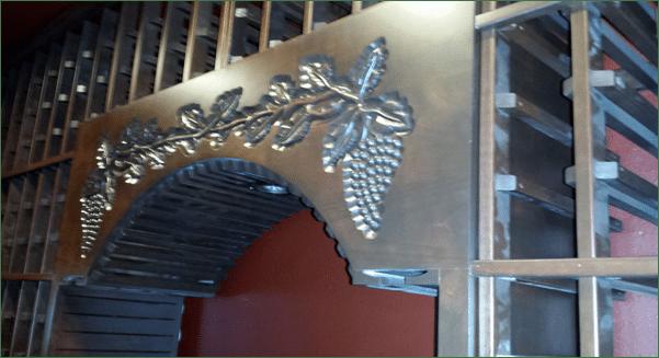 home wine cellar San Clemente engraving