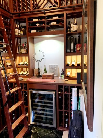 Small Traditional Home Wine Cellar in Los Angeles