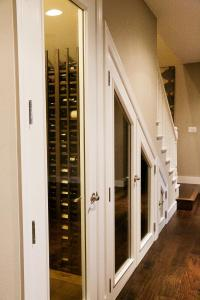 small custom wine cellar construction california
