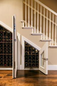small wine storage construction california